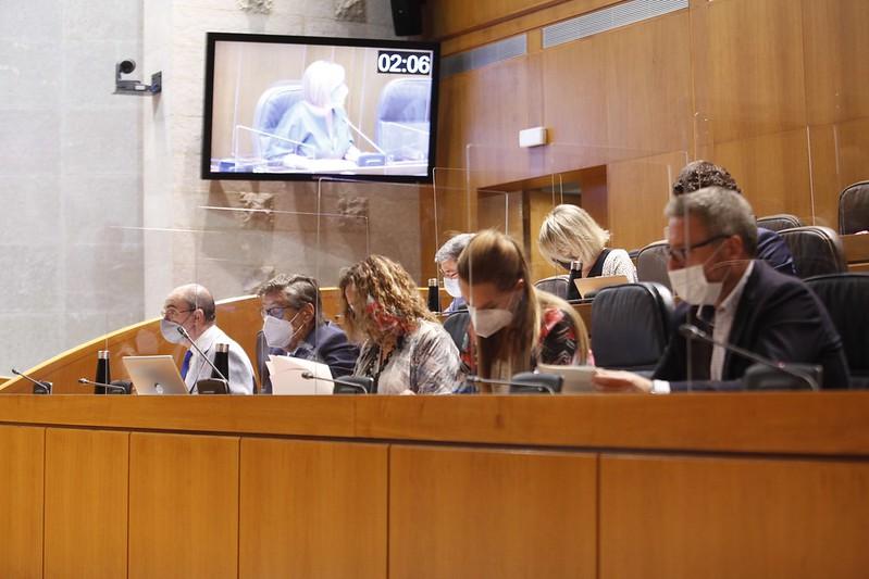 Lambán y miembros de su Gobierno en el último pleno de Cortes